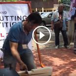 Na Tailândia existe um campeonato triloko de cortar coisas com uma faca
