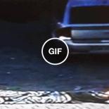 Não se pode mas nem tirar um cochilo na frente da garagem dos outros. AFF