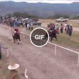 Quando você liga o turbo do seu cavalo, mas tem uma caminhonete no caminho