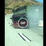 Com a gasolina quase cinco conto, os carros estão pegando carona com os caminhões