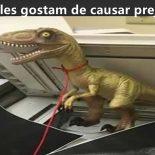As aventuras do jovem que levou seu Velociraptor para o trabalho no Acre